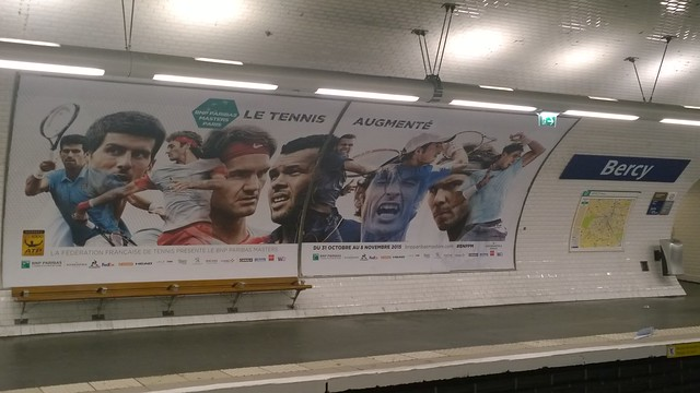 Tennis stars in the parisian subway