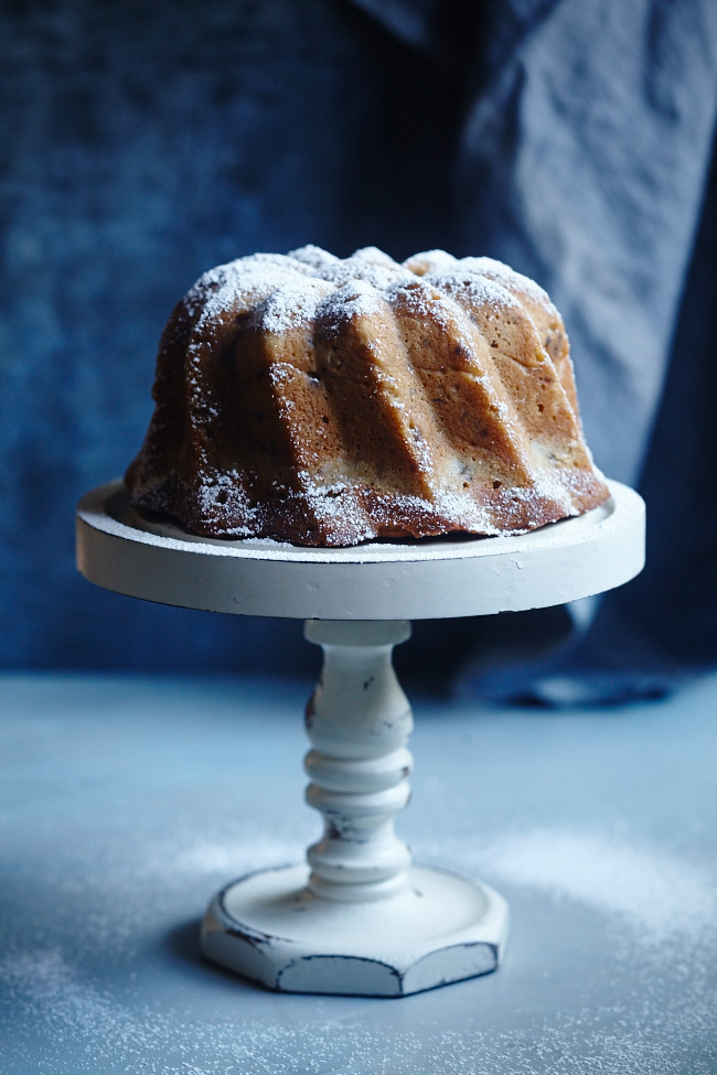 Olive Oil & Walnut Cake