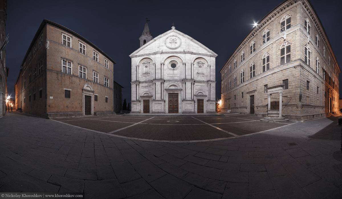 Panorama of Pienza square