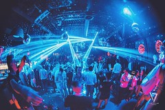 This weekend we took off and reached  another dimentions! #party #SevenLugano photo by #_ak_photo_ #vscocam #vscoparty #vscocam #lugano #ticino #disco #flashing #lights