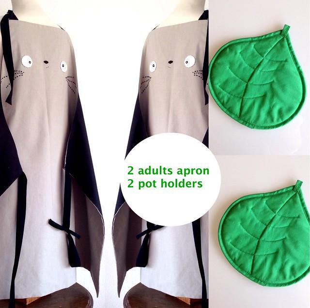 2 totoro adults apron