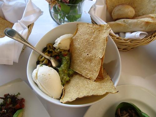 Mexico City: guacamole et fromage de chèvre frais