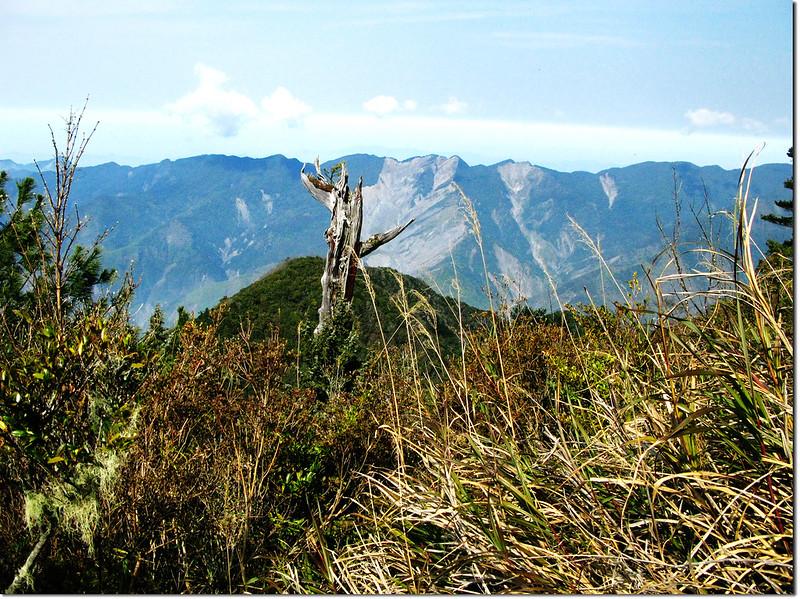 斯拉巴庫山頂西邊展望