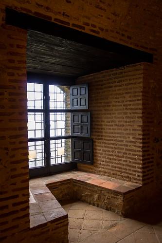 españa castle window ventana andalucía spain huelva andalucia andalusia castillo bernabeu marcial bernabéu cortegana