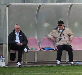 Il Dg Mimmo De Gregorio e il Ds Sanapo in panchina nel match contro il Noci
