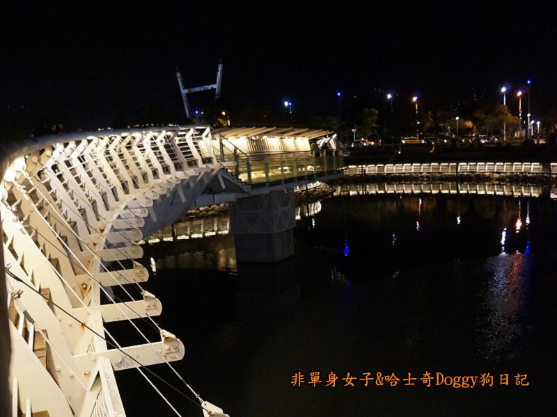 高雄勞工夜市&愛河之心夜景22