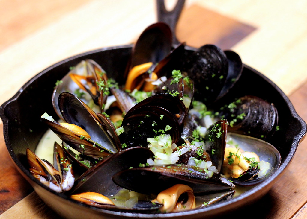 The Chop House: Mussels