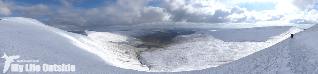 P1000388 - Pen y Fan, Feb 2016