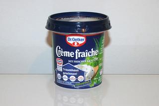 07 - Zutat Creme fraiche mit Kräuter / Ingredient creme fraiche with herbs