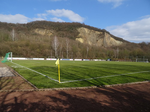 Am Stingenberg: Oberkasseler FV 2:0 Fortuna Bonn