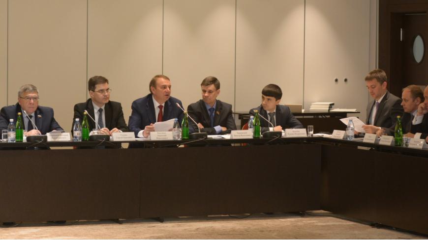 Развитие туризма в России обсудили на заседании Совета Федерации