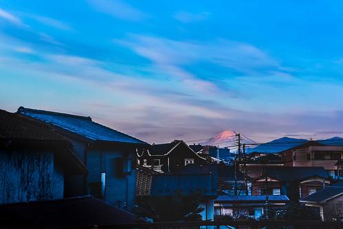morning sky japan clouds yokohama 富士山 mtfuji newyearsday hodogaya omdem1 mzuikodigitaled1240mmf28pro