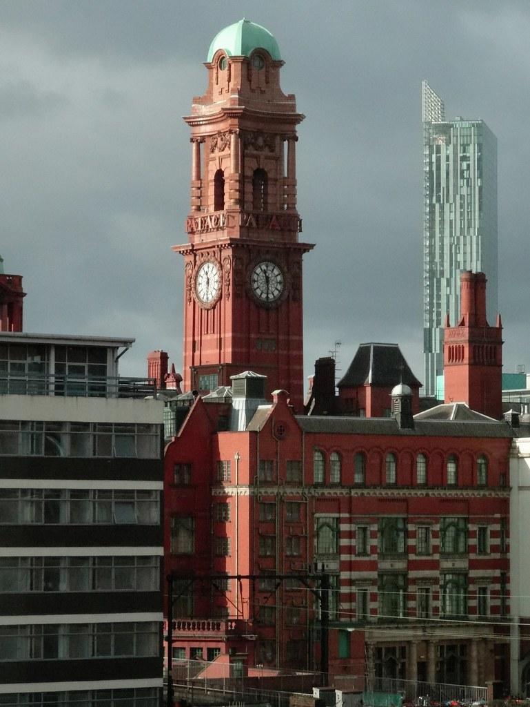 Hotels Near Albert Hall Manchester
