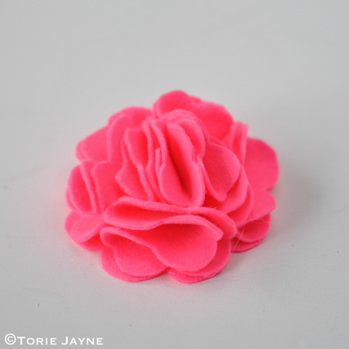 Felt Flower Brooch Tutorial 12