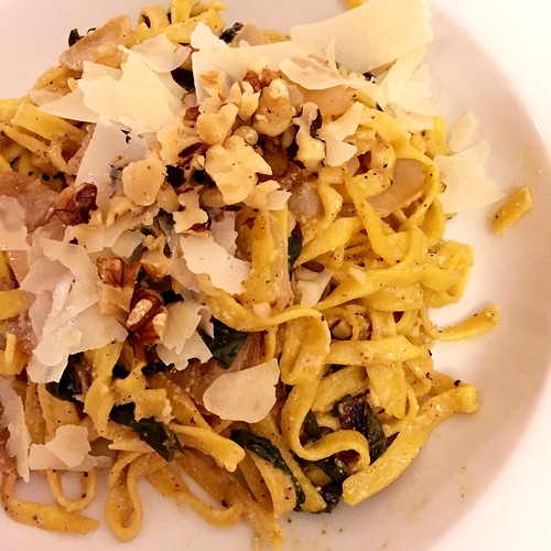 Creamy Lemon Linguine with Caramelized Onion, Chard & Walnuts http://dlink.blueapron.com/SPBc/KmkHUqUxEq #blueapron