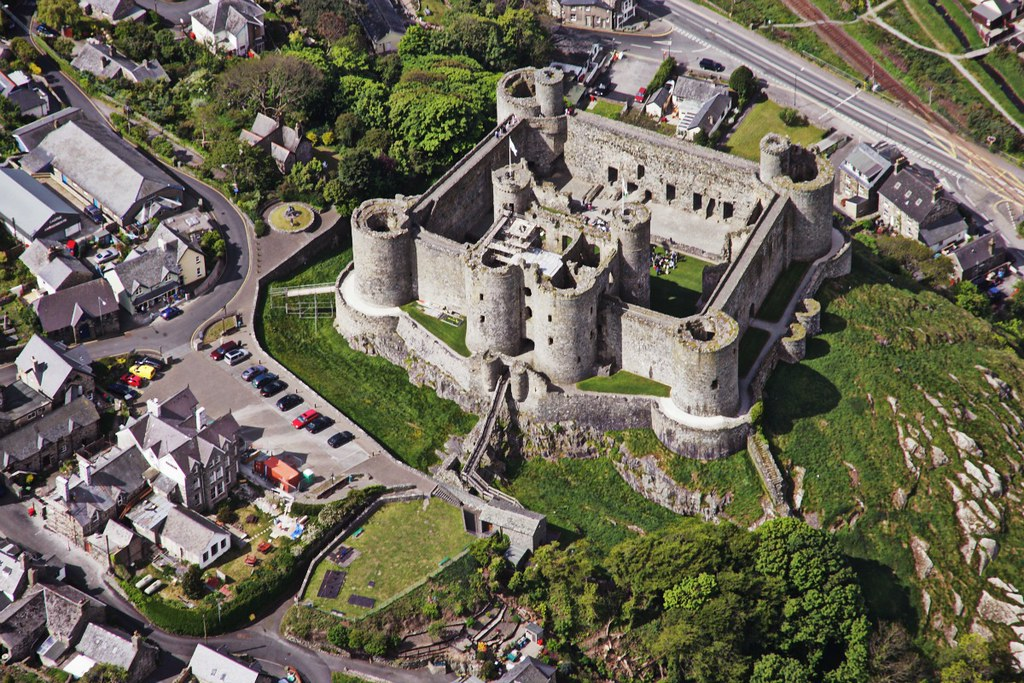 Harlech Castle. Crown Copyright - Royal Commission on the Ancient and Historical Monuments of Wales
