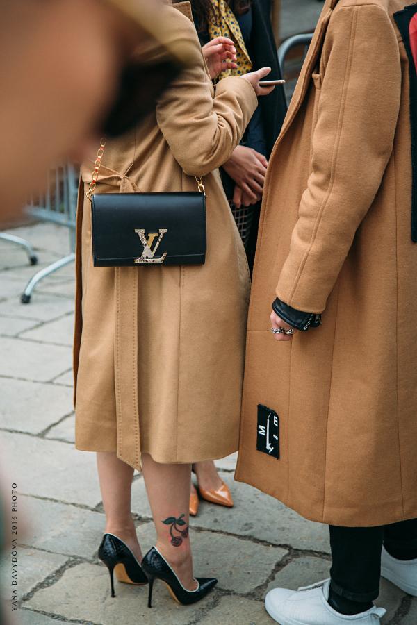 25156995931 bd883f1bbf o - Стритстайл от Яны Давыдовой: Неделя моды в Милане, показ Gucci