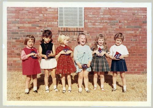 6 little girls