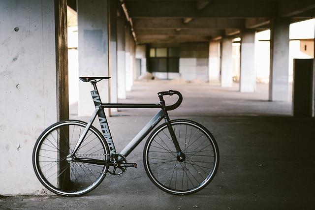 AFFINITY CYCLES - Kissena (Dark Gray Metalic)