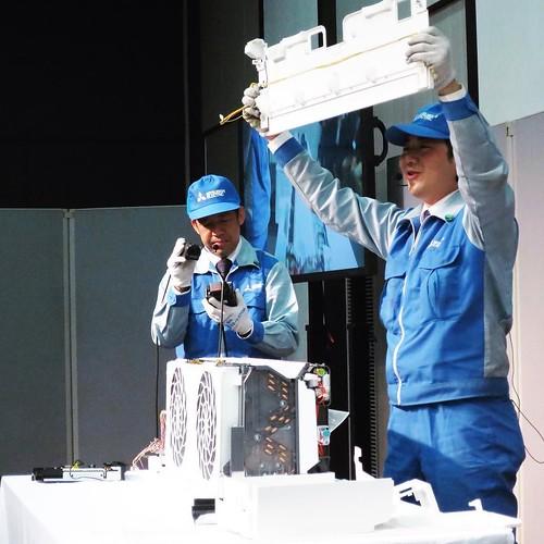 エアコン解体ショーが、めちゃめちゃ面白かった。 #三菱電機 #霧ヶ峰