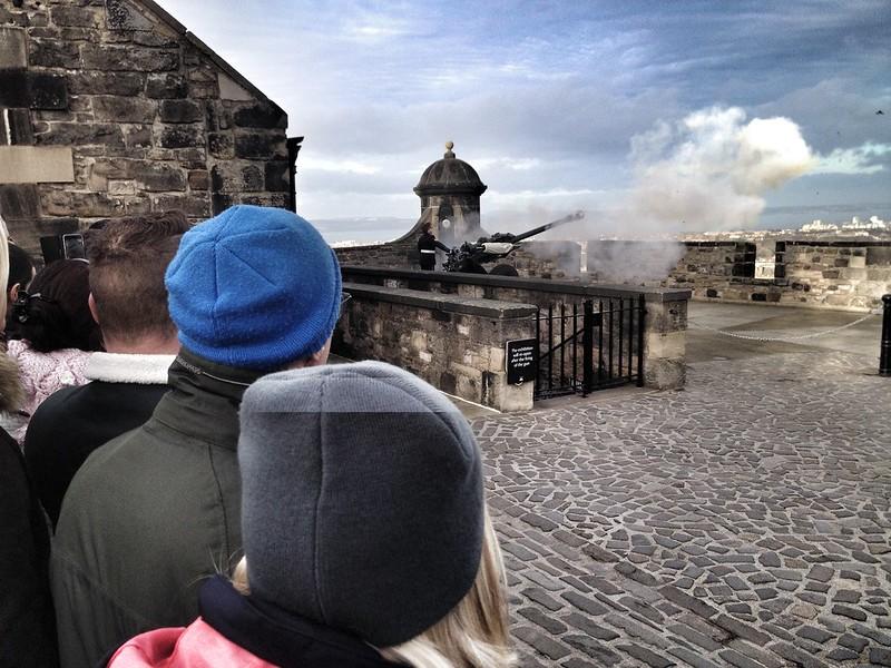 Firing of the one o'clock gun at Edinburgh castle