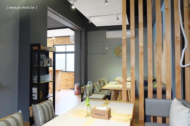 25956427634 7dba0fa0e4 z - 隱巷.IN SHINE:隱藏在北屯巷弄間,很清質有質感的早午餐店,手做餐點好吃又有溫度,環境簡單有質感,鄰近水湳市場