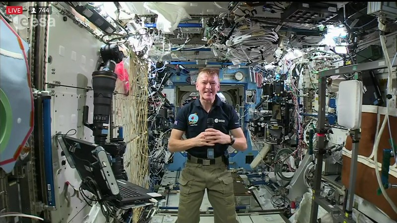 In Flight Call med Tim Peake