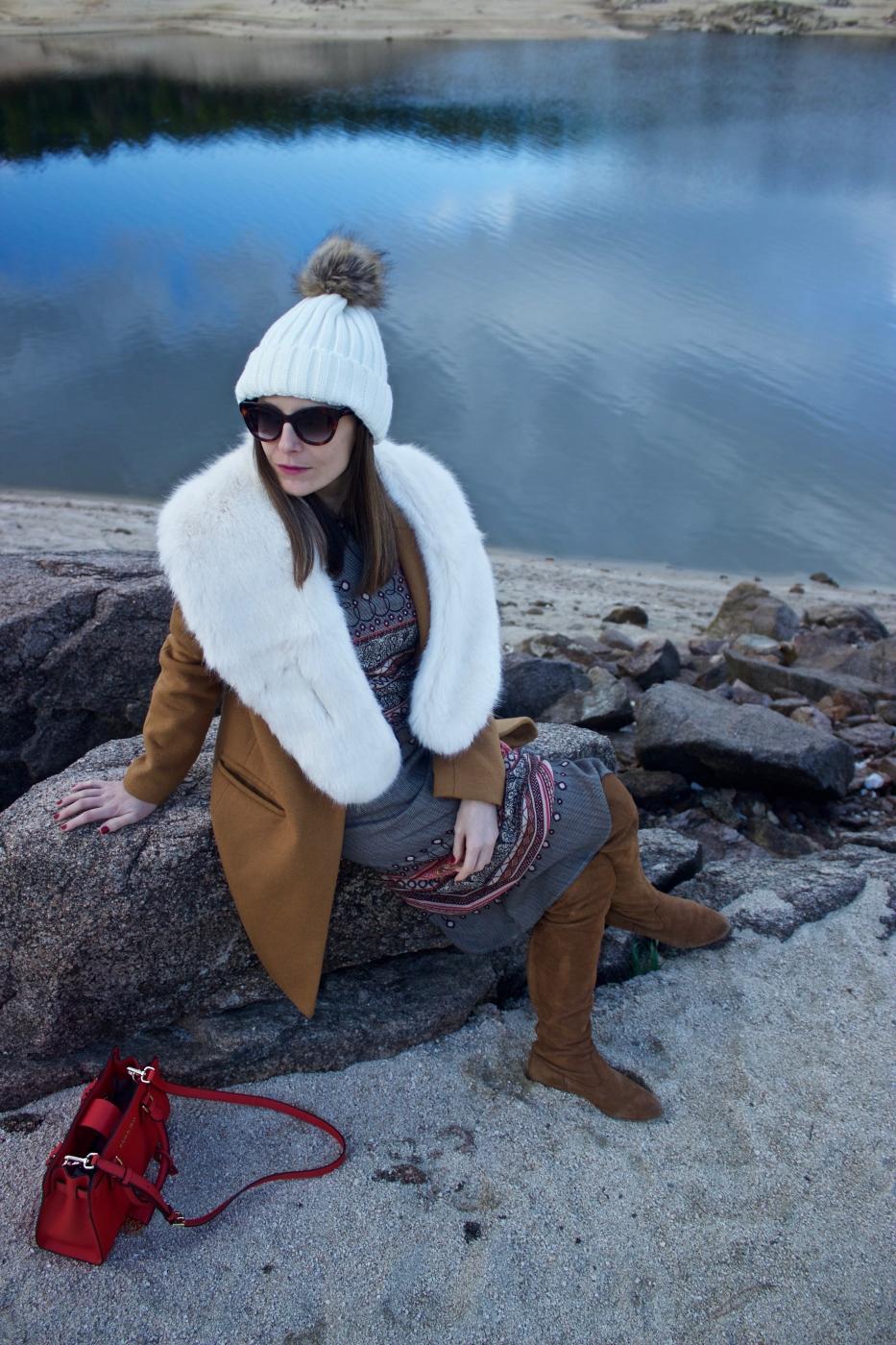 lara-vazquez-madlula-style-fashionblog-moda-streetstyle-moda-white-camel-tones-winter-lookbook-ootd