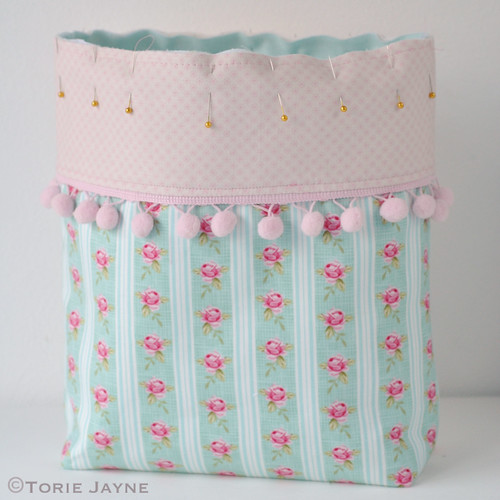 Pretty tote sewing tutorial 17a