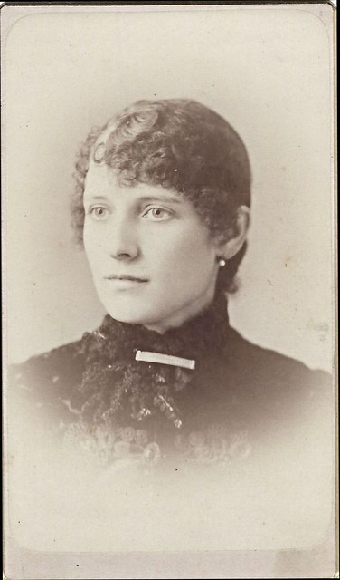 Edith K. Beach (CDV by Stephen Piper, 905 Elm Street, Manchester, New Hampshire)