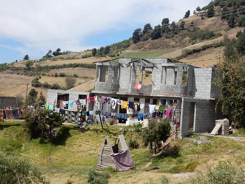 El Rosario - huis niet af - wel schotel