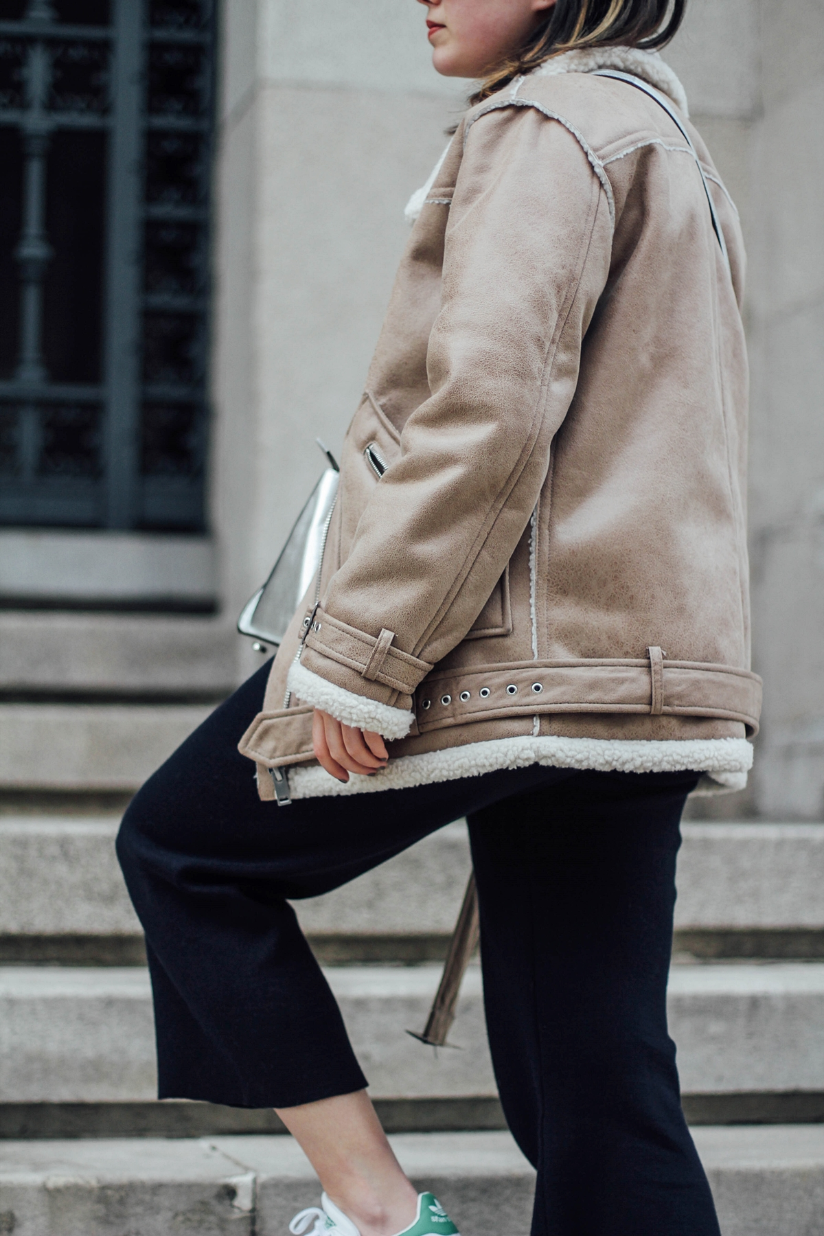 shearling-jacket-streetstyle-navy-suit-zara