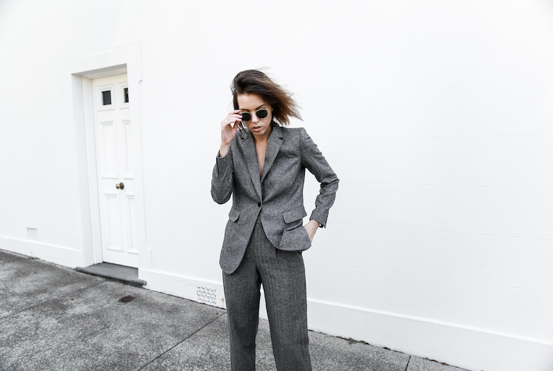 all grey suit Gucci horsebit loafer Proenza Schouler PS11 street style fashion blogger modern legacy Witchery  (8 of 11)