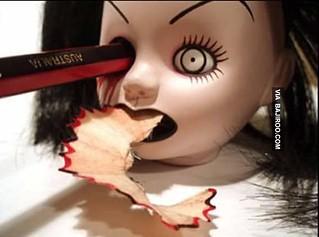 sharpner-scary-doll
