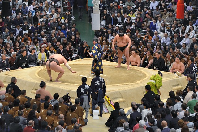 Photo:Hakuho vs Goeido By jpellgen (@1179_jp)