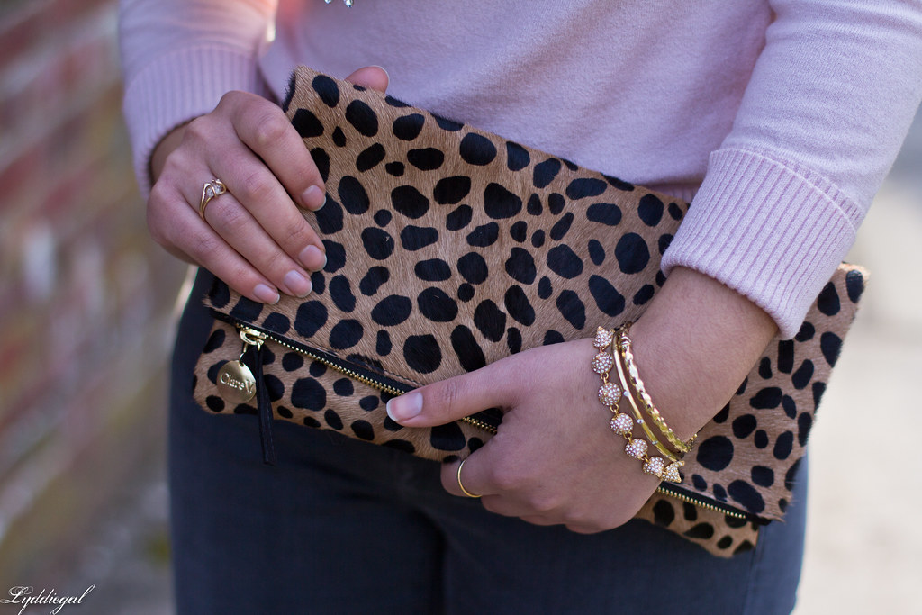 pink sweater, grey jeans, leopard clutch, black boots-2.jpg