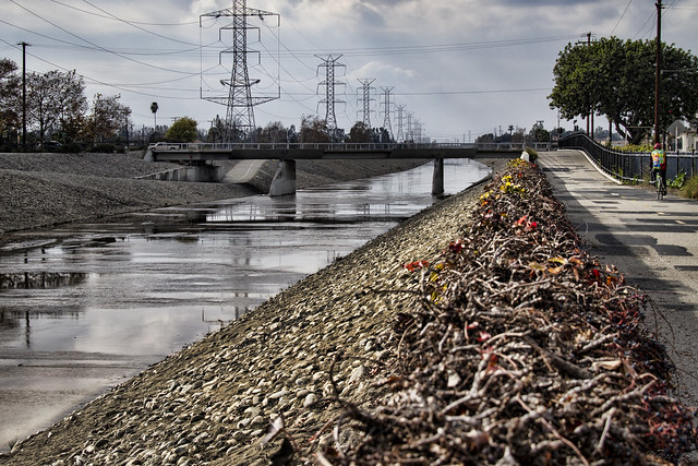 Rio Hondo bike path
