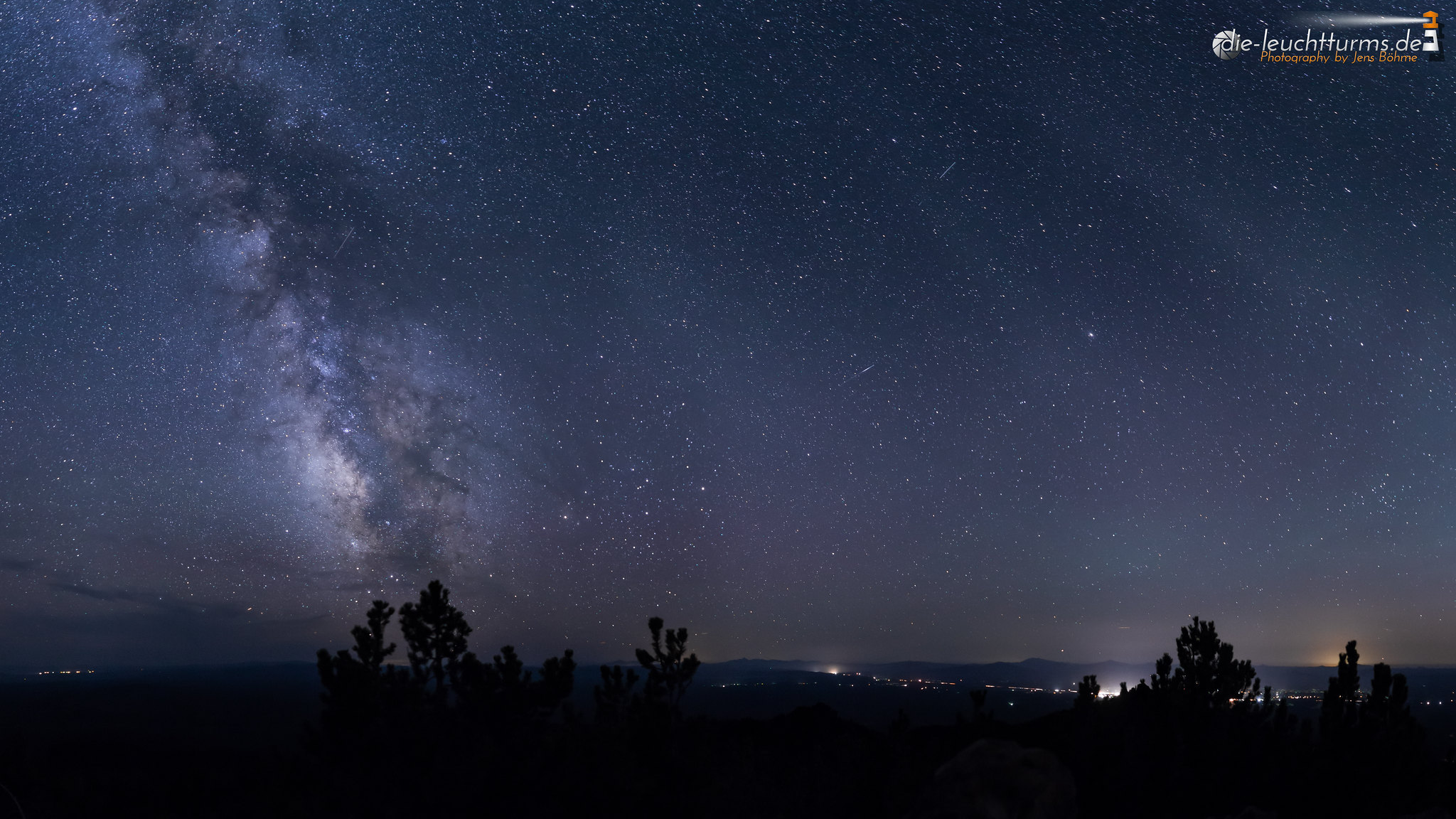 Milky way above Paulina Peak
