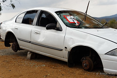 20160126-26-Abandoned car