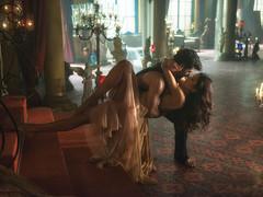 Katrina Kaif And Aditya Roy Romance In Fitoor HD Wallpaper - StylishHDWallpapers