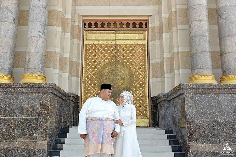 poetrafoto professional prewedding wedding photo s most recent rh picssr com  gambar prewedding muslim di masjid