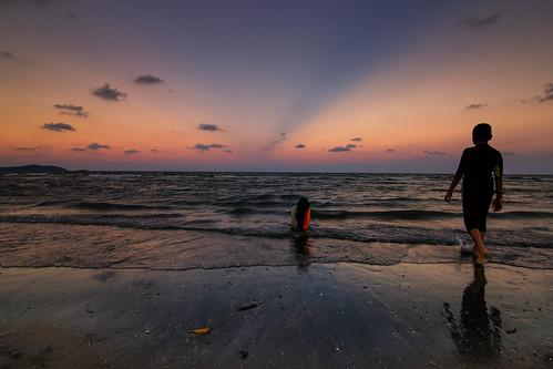 sunset beach malaysia kuantan pahang southchinasea senja
