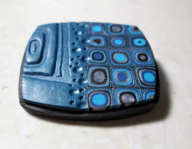 Blue Brooch2