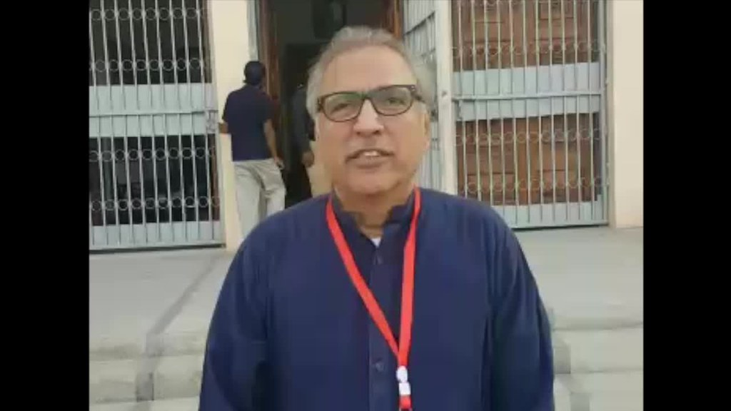 Dr Arif Alvi at the Railway School Kalapul 2