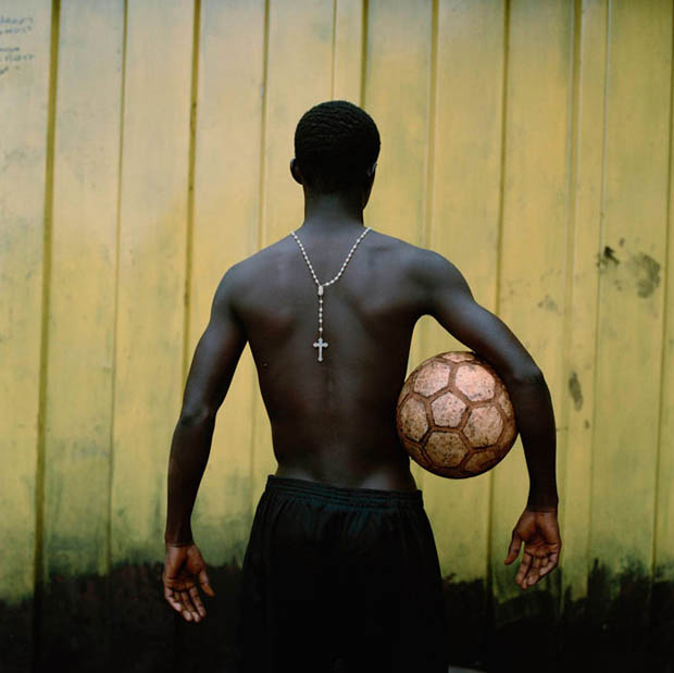 非洲孩子們腳下的足球18