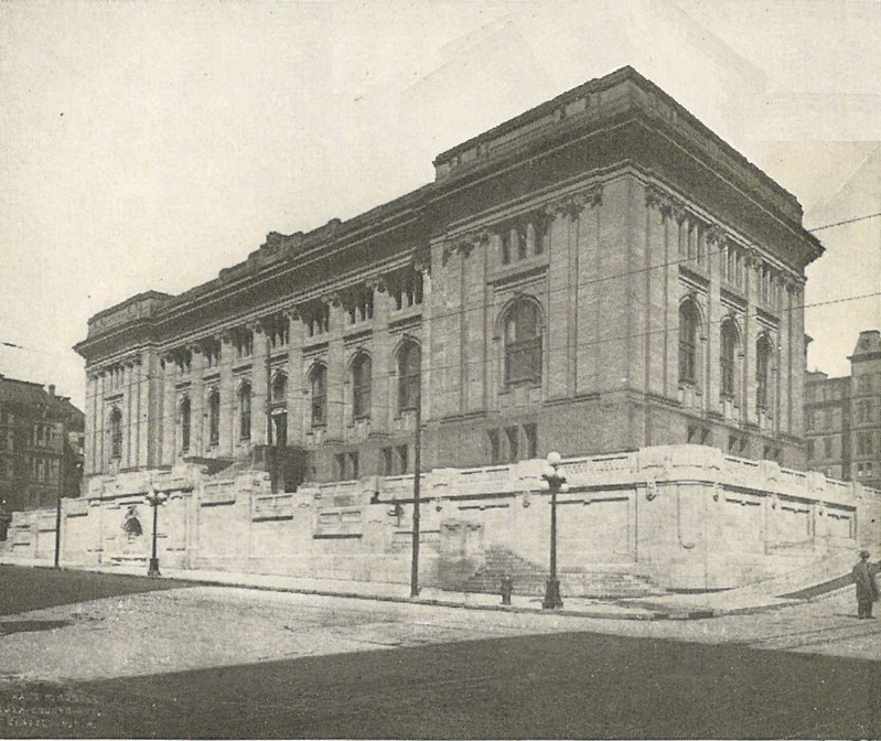 Seattle_-_Carnegie_Library_01