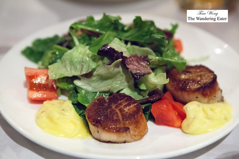Seared diver scallops with salad