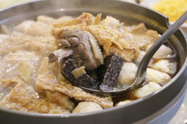 [台中]帝王食補薑母鴨(進化北店)–冷翻天的季節,真的需要來一鍋熱的啊!@北區 進化北路