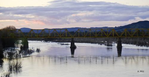 chile bridge sunset river 日落 chillan 智利