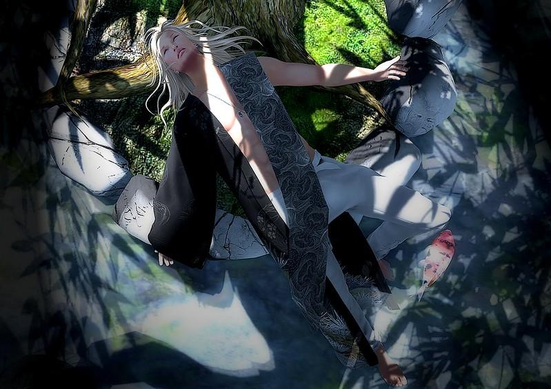 +HILU+IZANAI(black)/tmp @Erotic Valentine Market